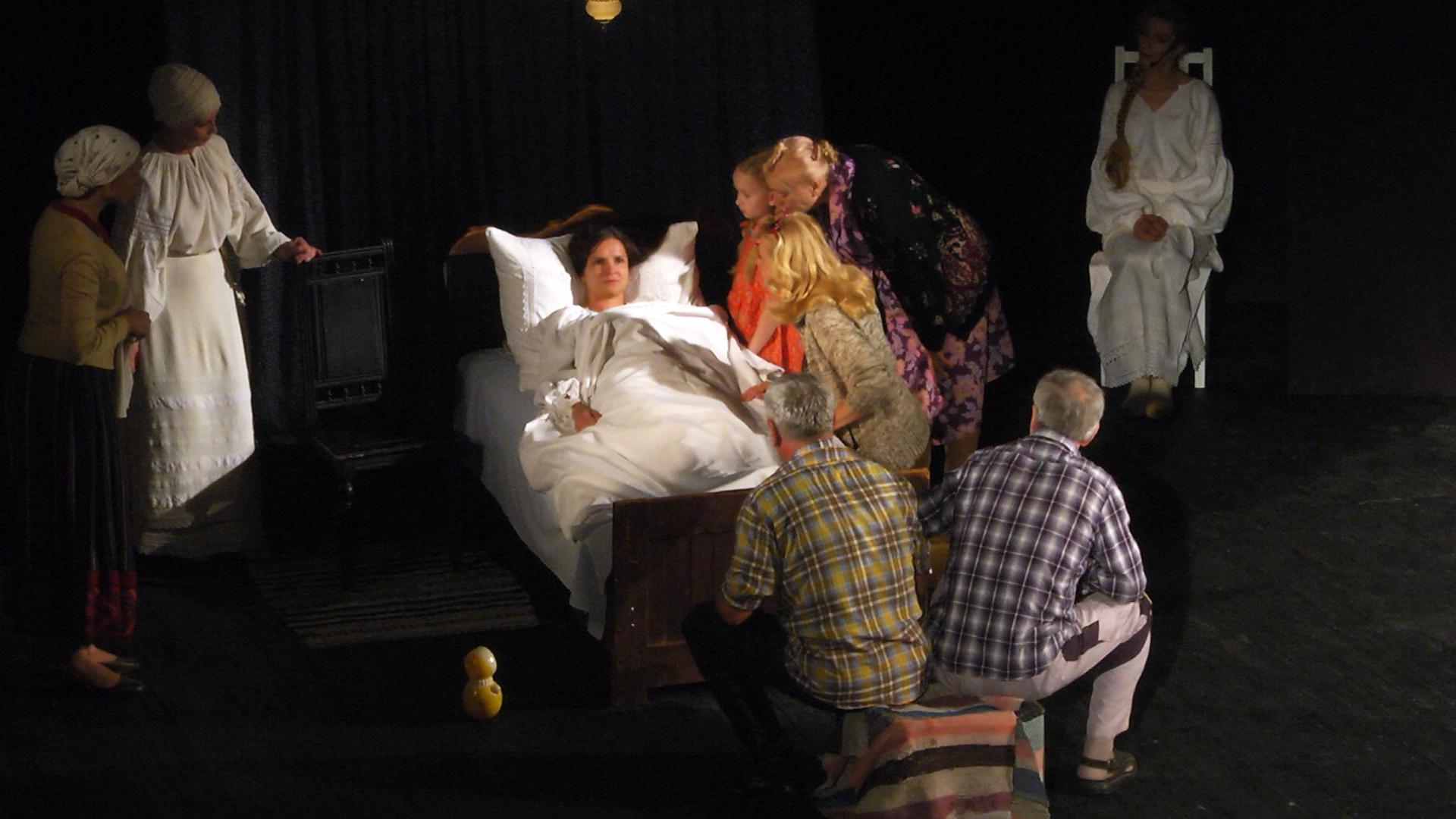 У Коломиї відкрили театральний фестиваль (відеосюжет)