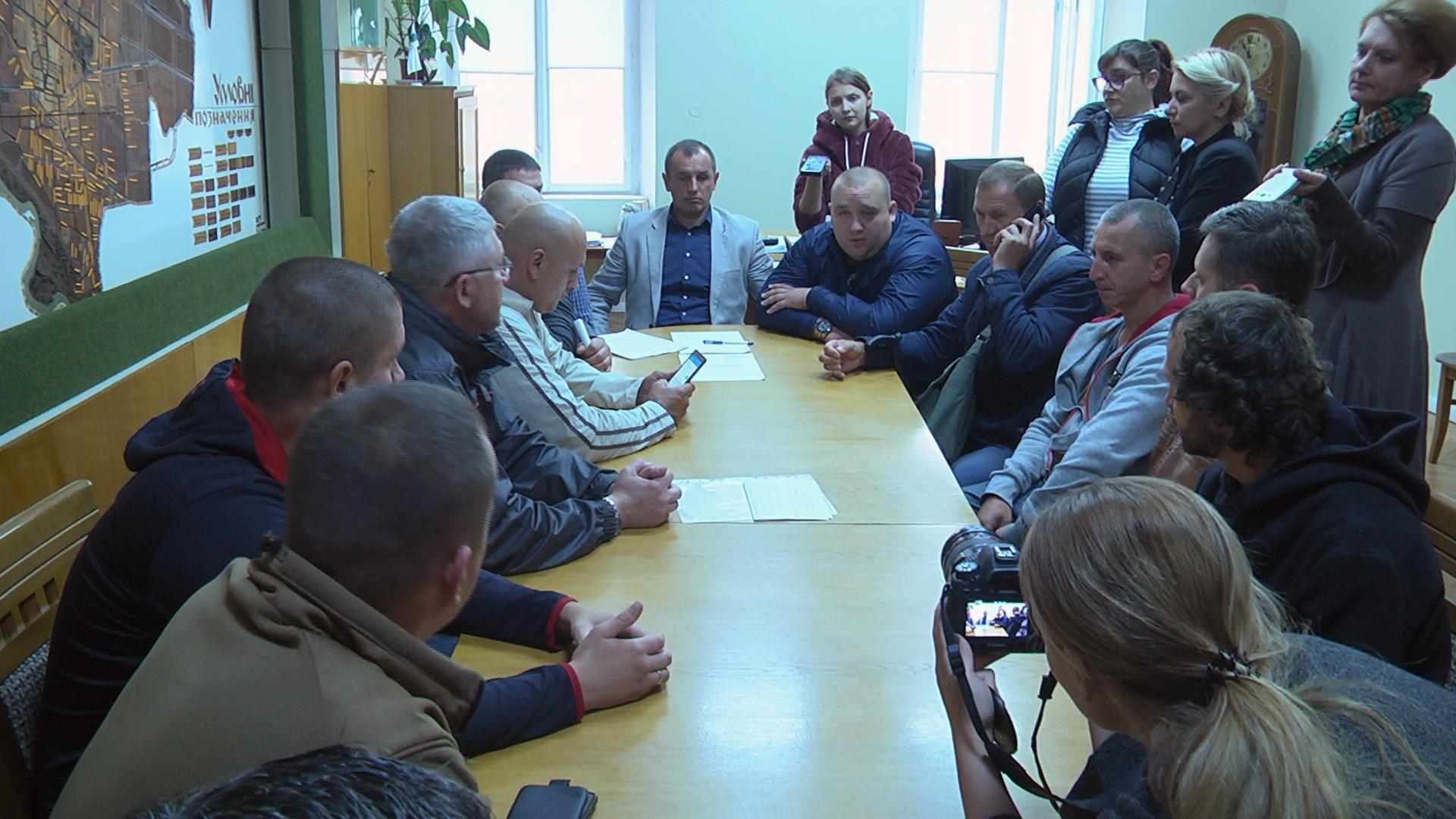"""Результат пошуку зображень за запитом """"Активісти Коломиї вимагають перевірити ремонти у місті"""""""