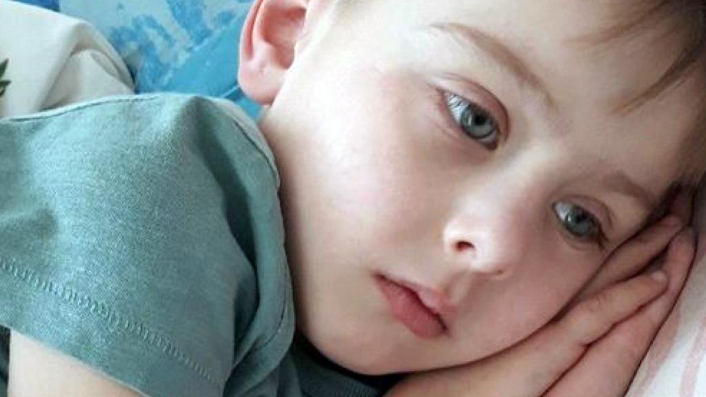 Мама маленького Іллі з Коломиї просить допомогти їй врятувати дитину (відео)
