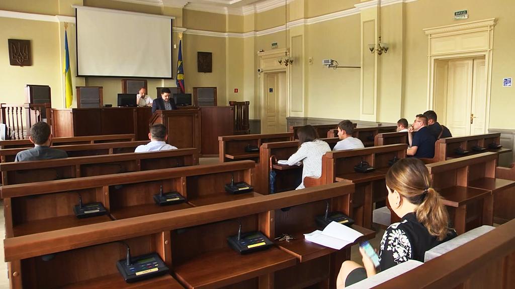 У Коломиї обговорили правила розміщення зовнішньої реклами (відеосюжет