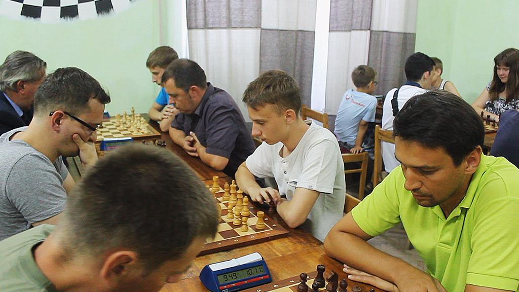 Коломийські шахісти перемогли в четвертому етапі обласної прем