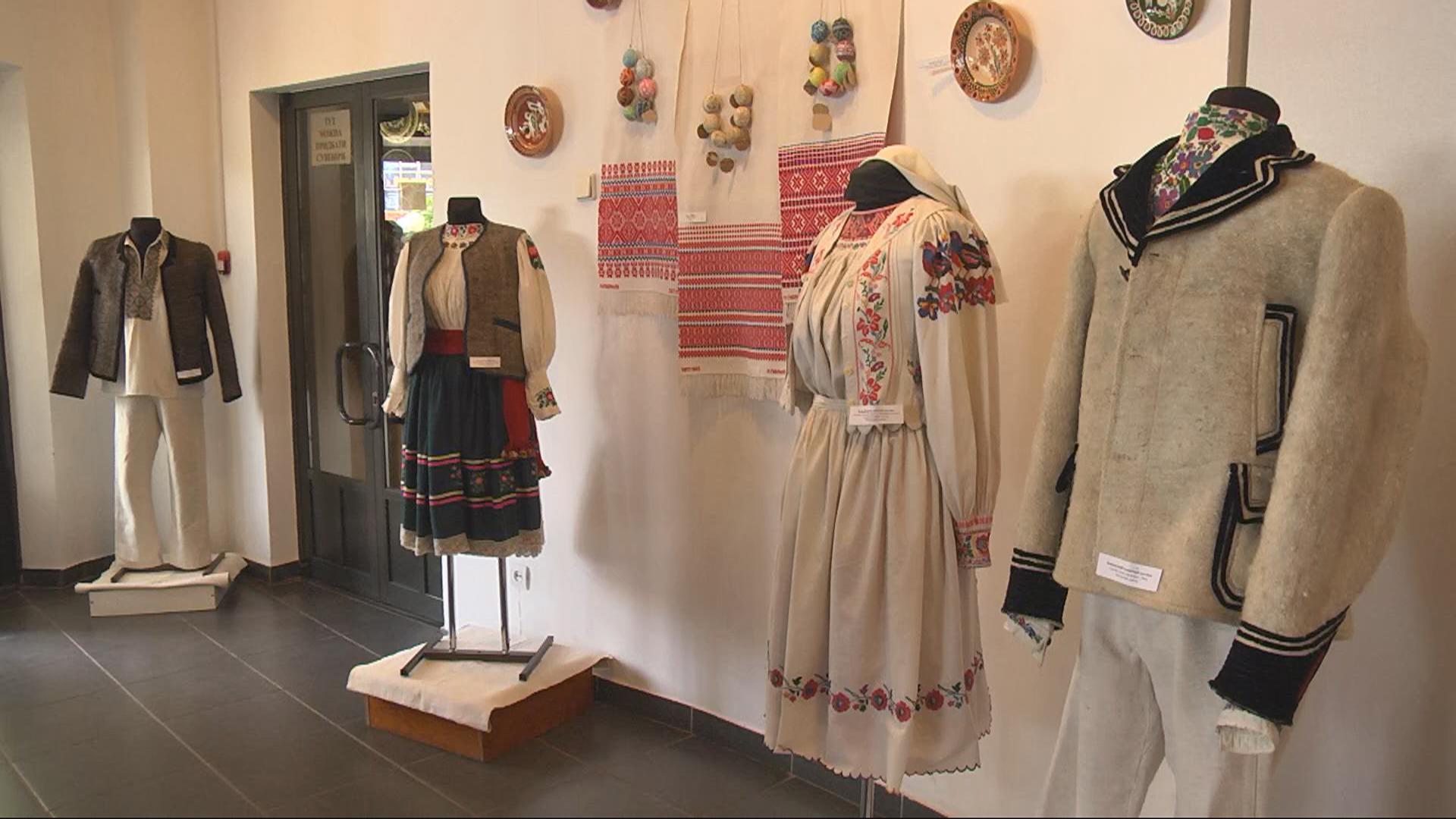 Виставка закарпатського мистецтва у Коломиї (відеосюжет)