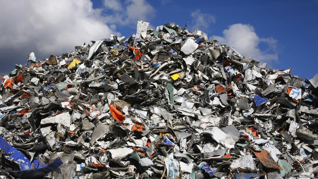 У Коломиї показуватимуть в новинах тих, хто викидає сміття у невстановлених місцях